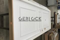 Security-door-with-wood-threshold